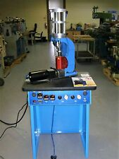 AB-400 PLASTIC INJECTOR INJECTION MOLDING MACHINE, CLAMP CAPACITY 5 TONS,