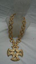 Vtg  Statement coulture Monet modernist brutalist  gold tone cross necklace