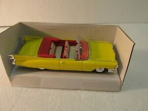 New Ray 1959 Yellow Cadillac Series 62 Convertible 1:43 Scale Diecast dc2613