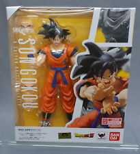 SH S.H. Figuarts Dragon Ball Z DBZ Son Goku Saiyan Grown on Earth Bandai Japan**
