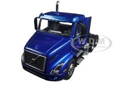 VOLVO VNR 300 DAY CAB SPACE BLUE 1/50 DIECAST MODEL CAR BY FIRST GEAR 50-3364