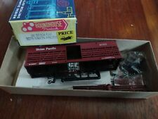 HO SCALE~ROUNDHOUSE 36' STOCK CAR 3263 UNION PACIFIC