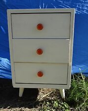 Gorgeous VINTAGE RETRO PINE BEDSIDE TABLE / DRAWERS