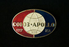 Apollo Soyuz Project 1975 Space USSR USA Spacecrafts Сooperation Pin Badge 2 Pcs