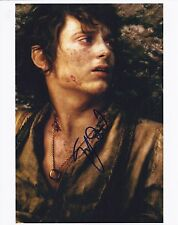 ELIJAH WOOD SIGNED LORD OF THE RINGS 8x10 PHOTO - UACC & AFTAL RD AUTOGRAPH