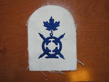 Royal Canadian Navy Trade Badge Radio Technician nice Blue on White