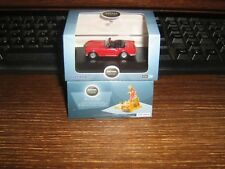 OXFORD DIE-CAST - TRIUMPH TR4 - in SIGNAL RED -  00 gauge /1:76 model