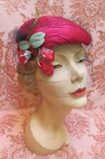 Vtg 1950s *Lucienne Paris Magenta Ruched Silk Eggshell Hat with Rose Buds In Box