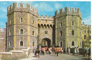 Berkshire Postcard - Henry VIII Gateway - Windsor - Ref TZ5893