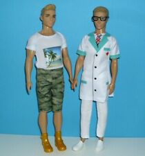%***2 Barbie Fashionistas Kens***%