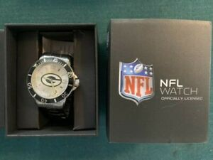 Green Bay Packers Men's Sports Wrist Watch SILVER Team Logo With Box Never Worn