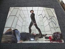 "MILLA JOVOVICH signed Autogramm auf 20x28 cm ""RESIDENT EVIL"" Bild InPerson LOOK"