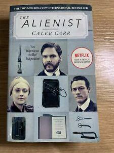The Alienist by Caleb Carr (Paperback, 2018)