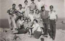 #40960 SOUNION Greece 9.8.1955. Young men & women, vacationers. Photo