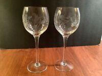 """Set of 2 Vintage Crystal Clear Etched Floral Stemmed Wine Glasses 8"""""""
