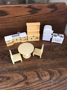 Calico Critters Family Kitchen Set Table Chairs, fridge, stove counter Hutch lot
