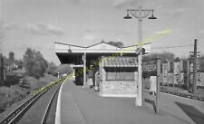 Stoneleigh Railway Station Photo. Ewell - Worcester Park. Epsom Line. L&SWR. (1)