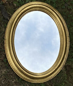 """Vintage FLORENTIA  Hand Made ITALY GOLD GILT Oval 11.5"""" X 9.25""""  Wall MIRROR"""