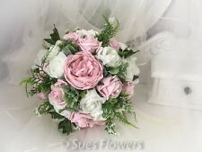 Brides Bouquet in Vintage Pink and Ivory rustic style