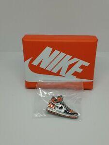 Nike Air Jordan Sneaker Enamel Pin Air Jordan 1 Shattered Backboard