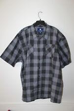 New WTag Rocawear plaid button down short sleeve black dress shirt men's 5XB $50