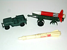 Vintage Plastic Rocket Launcher Missile And Jeep ARMY Playset Toy Hong Kong