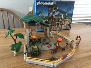 Playmobil 3243 Delightful Petting Zoo! Excellent!