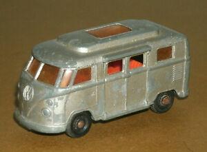 1/64 Scale 1960's Volkswagen Camper Van (low roof & opening doors) Matchbox 34