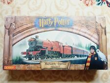 Hornby R1025 Harry Potter and The Philosopher's Stone Model Train Set