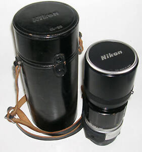 Vintage Nikon NIKKOR-H Auto 1:4.5 300mm Tele Lens w/Caps and Case