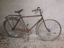 Vélo ancien grand bi vélocipède draisienne cycles bicyclette grand-bi Peugeot