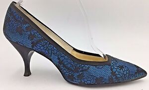 Vintage 1960s Smartaire size 6.5AAA Heels Blue and Black Metallic Flared Lacy O1