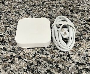 Apple AirPort ExpressBase Station (2nd Generation) Model A1392 Tested & Working