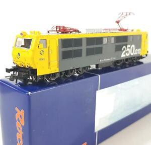 SUPERB ROCO 62418 HO - SPANISH RENFE, CLASS E 250 ELECTRIC LOCOMOTIVE, DCC READY