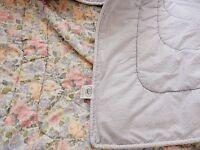 "LAURA ASHLEY COMFORTER Bed Quartet Reversible FLORAL 90""x 62"""