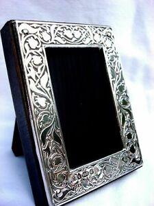 Exquisite Finest Quality 999 Hallmarked Silver London & Britannia Photo Frame.