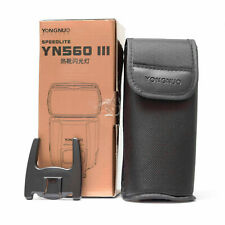 Yongnuo YN560 IIICamera Flash Tasche/Stander/OVP ohne Blitz Nr.766
