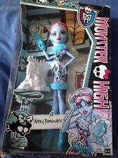 Monster High Abbey bominable  art class I
