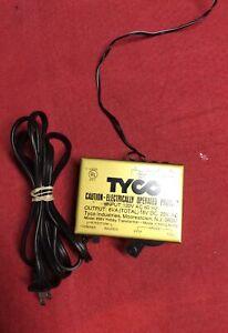 VTG Tyco Model 899V Hobby Transformer 6VA, 18V DC, 20V AC, Untested.