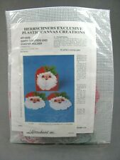Herrschners Plastic Canvas Creations Christmas KIT 6 Santa Coasters & Holder