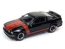 1/64 JOHNNY LIGHTNING 4B6 2005 Ford Mustang GT Gloss Black