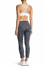Nike Essential Tight Fit Cropped Printed Tights   849889  065   Size : S