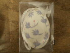 "2 1/4"" White Floral Decorative Egg"