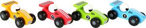 Voiture de course en bois coloré verni jaune, vert, rouge ou bleu
