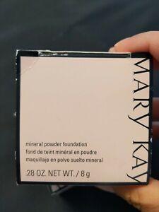 NIB Mary Kay Mineral Powder Foundation Beige 0.5 #040986 .28 oz.