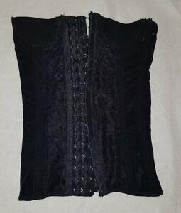 Gorgeous black shapewear boned waist cincher Size S