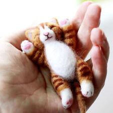 Lazy Cat Needle Felting Kits Lying in Hand 10cm for Beginner Easy Adorable