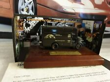 1907- 1997 ANNIVERSARY- UPS DELIVERY TRUCK - 1/64 SCALE MODEL MOUNTED ON PLINTH