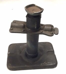 Original WWII U.S. Army USMC Ford GPW or Willys MB Jeep Jack, Correct Base & Cup