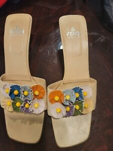 FENDI Women's Square Toe Yellow Leather Floral Sz 38 / 8 Shoes Summer